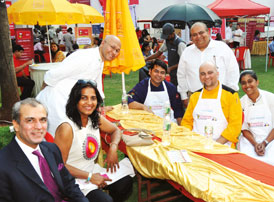 The Celebrity Chefs' Mystery Basket Cookery Contest was a fabulous affair yet again, judged by Devendra Bharma, Chef Nimish  Bhatia and Farzana Contractor. Chef Vikas Seth of Sancho's raced ahead of the competition to win the coveted title
